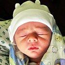 PATRIK MAMULA se narodil Adéle Pechové z Duchcova 14. prosince ve 13.07 hod. v teplické porodnici. Měřil 50 cm a vážil 3,55 kg.