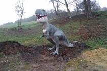 Stezka dostává dinosaury, okoření ji i sopka s hnízdem ptakoještěrů.