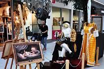 Giacomo Casanova láká na svůj film v Galerii Teplice.