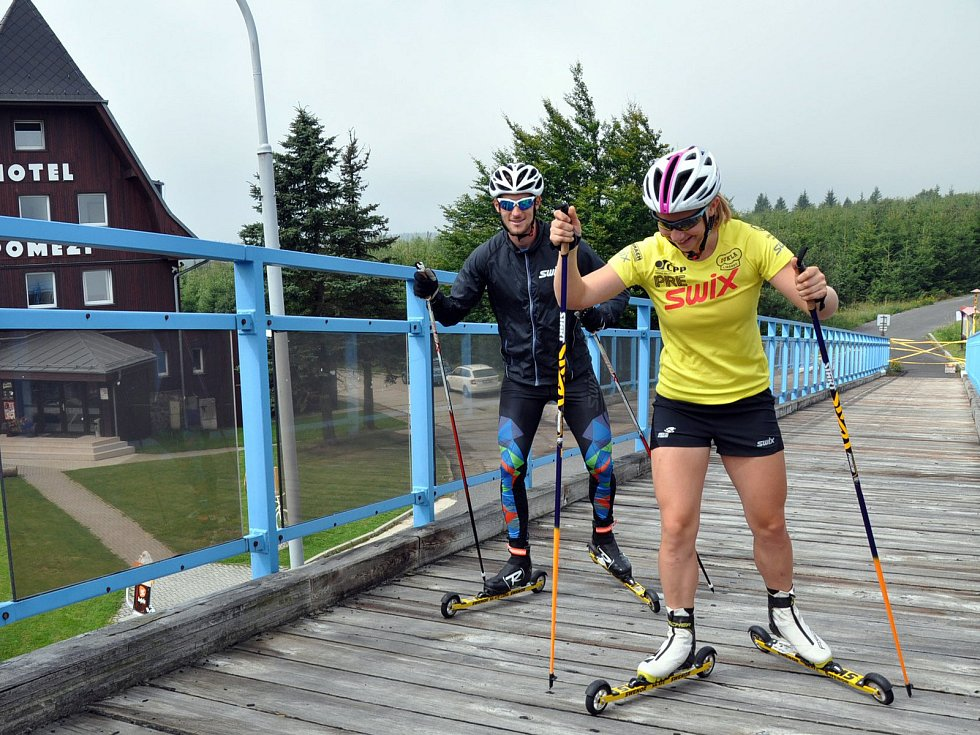 Od soboty je na Cínovci v rámci soustředění mužská a ženská reprezentace klasického lyžování, která se chystá na nastávající sezónu.