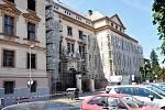 Zateplení fasády Okresního soudu v Teplicích.