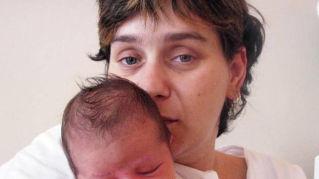 Mamince Ivetě Botkové z Teplic se 5. června v 14.10 hod. narodila v teplické porodnici dcera Tereza Botková. Měřila 50 cm a vážila 3,40 kg.