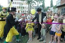 Hřiště v Dubí otevřely včelky