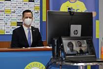 Tisková konference FK Teplice. Rudolf Řepka a Pavel Šedlbauer.