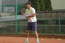 Tomáš Jiřička tenisově rostl i v Teplicích. Trenérství se věnuje od 21 let.