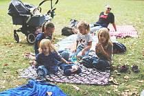 V pořadí už šestý piknik se konal v neděli v Zámecké zahradě v Teplicích.