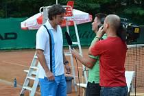 TC Blau-Weiß s koučem Jiřičkou (vlevo) měl úspěšnou sezonu. Všimla si toho i německá média.