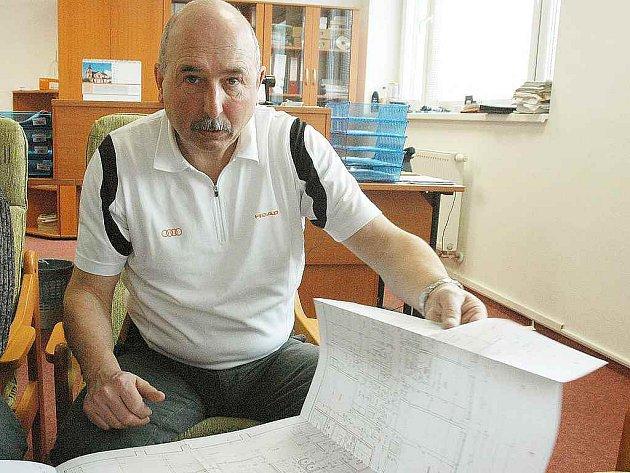 Ředitel Sportovní haly Teplice Jaroslav Turek nad projektem relaxačního centra