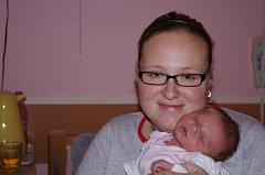 Mamince Nikole Virtové se narodila v ústecké porodnici dne 2. 12. 2012 (20.14) Adéla Virtové, měřila 48 cm,  vážila 3,19 kg.