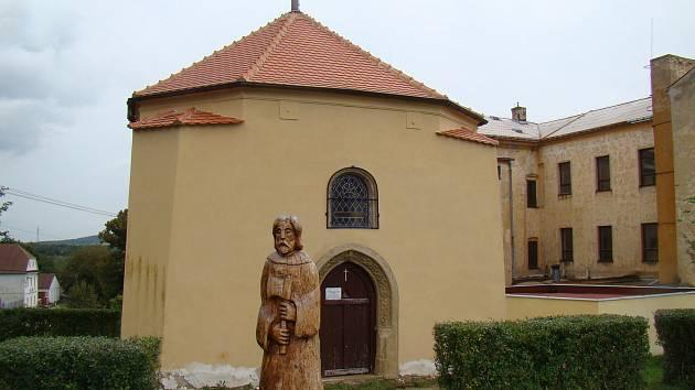 Kaple svaté Anny v Jeníkově.