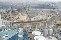 Výstavba chladící věže pro nový výrobní zdroj v Ledvicích je již v plném proudu
