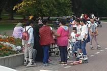 Arabové v šanovském parku.