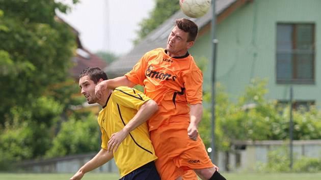 Unčín (žluté dresy) nestačil na Benešov
