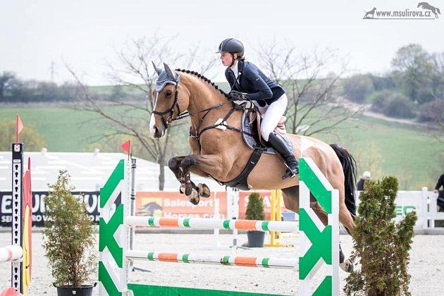 Viktorie Jindrová miluje koně.