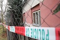 Kriminalisté vyšetřují vraždu ženy v domě v Blažimi na Lounsku.