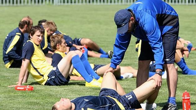 FK Teplice se potí v Modré