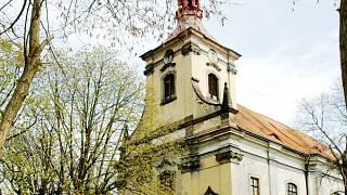 kostel z roku 1714 seznamky nad 55 let