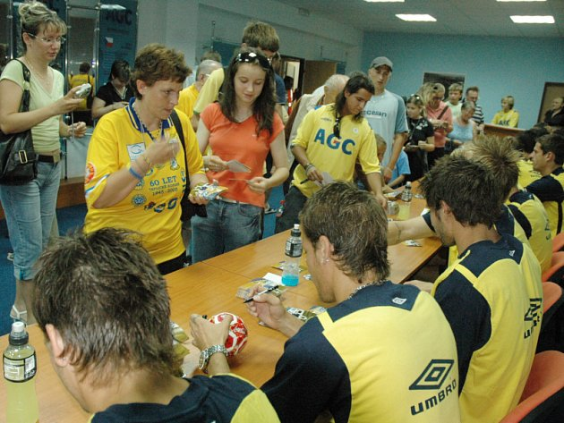 Autogramiáda - Den otevřených dveří FK Teplice.