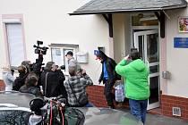 První amnestovaní opustili teplickou věznici v úterý 2. ledna před polednem.