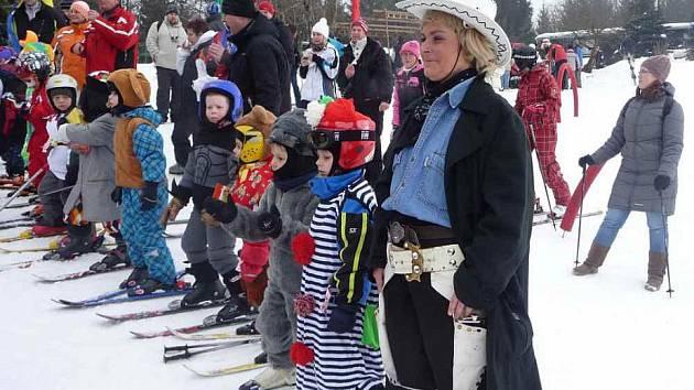 Karneval na Komáří vížce, 18. února 2012