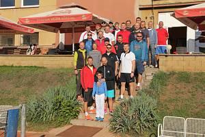 20. ročník tradičního tenisového turnaje lékařů, zdravotníků a hostů ve čtyřhrách Masarykovy nemocnice Ústí nad Labem.