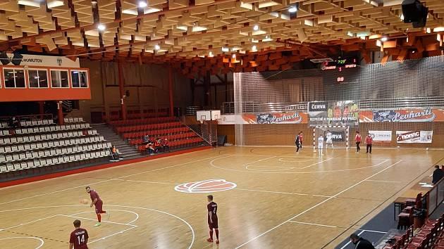 Chomutovská hala při zápase Teplice - Sparta.