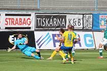 Fotbalový zápas mezi Teplicemi a Jabloncem.