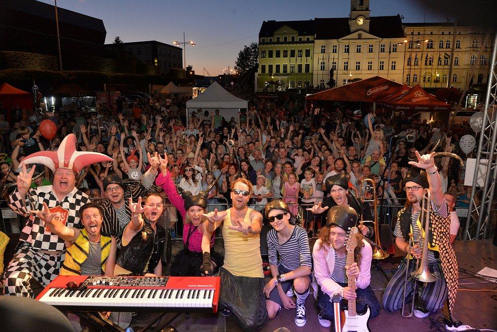 Minulý ročník hudebního festivalu Teplice free LIVE na teplickém náměstí Svobody.