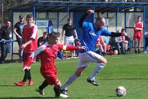TJ Proboštov B - Sokol Kladruby 0:0. V penaltovém rozstřelu byli úspěšnější domácí v modrých dresech.