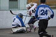Hokejbalový turnaj v Krupce - Kladno vs. Chlumec