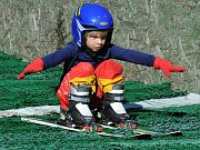 Na Krásné vyhlídce v Oseku se konala skokanská soutěž mistrovství ČR mládeže.