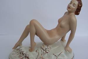 Ella Strobach porcelánce zasvětila život, sošky ve stylu art deco jsou ternem