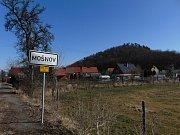Částečná uzavírka provozu bude i na silnici III. třídy č. 25821 mezi obcemi Bžany a Mošnov