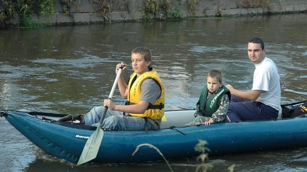 Zamykání řeky Bíliny