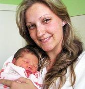Mamince  Monice Sunkovské z Dubí se 1. května v 6.45 hod. v teplické porodnici narodila dcera Viktorie Schwarzové. Měřila 49 cm a vážila 3,10 kg.
