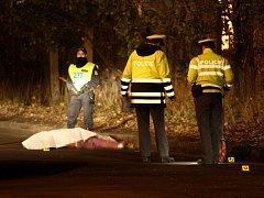 Smrtí muže středních let skončila v pondělí večer tragická dopravní nehoda v Ledvicích na Teplicku.