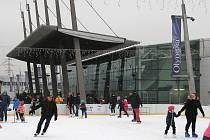 Mobilní kluziště u Olympie Srbice na začátku roku 2020