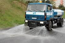 Mytí ulic v Teplicích, ilustrační foto.