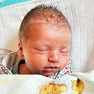 ADRIAN KALOČAI se narodil Simoně Kostihové z Teplic 29.10. v 11.33 hod. v teplické porodnici. Měřil 47 cm a vážil 2,85 kg.