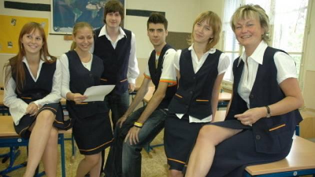 Školní uniformy dubského gymnázia