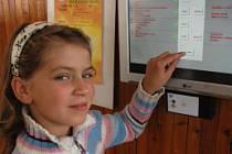 Školní jídelna Na Stínadlech má nový objednávkový terminál