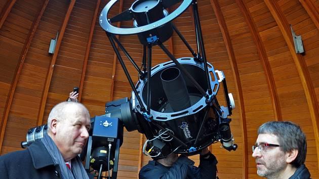 Teplická hvězdárna má nový dalekohled