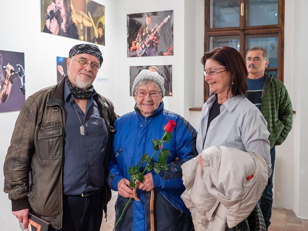Miroslav Rada s manželkou a tchýní.