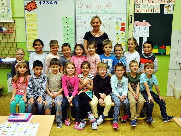 Na fotografii jsou žáci ze ZŠ Nové lázně, 1.C  třída paní učitelky Ivony Štrougalové.