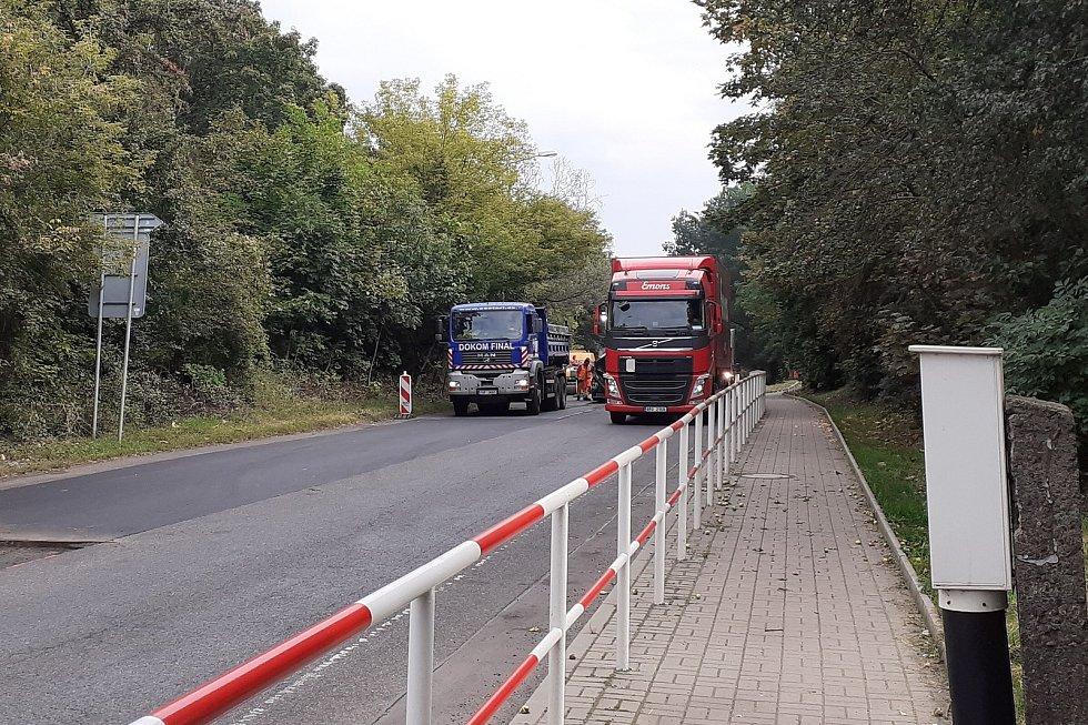 Oprava silnice v Teplicích, na výpadovce na Ústí.