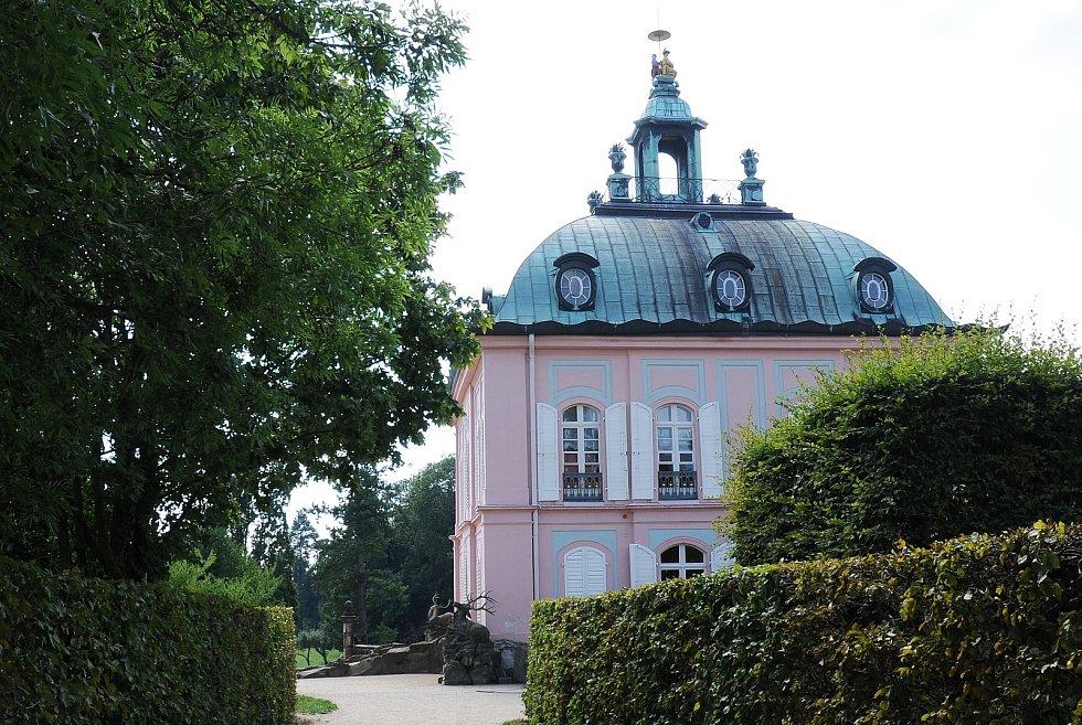 Zámek Moritzburg najdete nedaleko Drážďan.