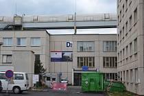 Pozor na to, začala rekonstrukce přízemí dětského pavilonu v ústecké nemocnici, hlavní vchod je uzavřený
