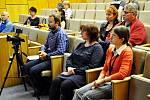 Edukační seminář pro mírně pokročilé pacienty s roztroušenou sklerózou.