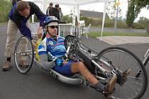 Spastic Handicap připravila cyklistické závody na silničním okruhu v okolí Jeníkova.
