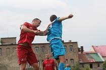 Oldřichov (v modrém) porazil Perštejn 4:0.